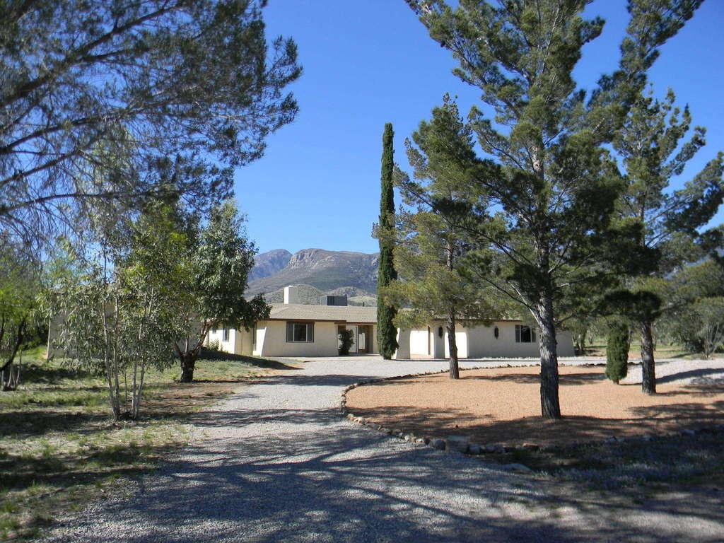 3618 E Shawnee Dr Sierra Vista, AZ 85650