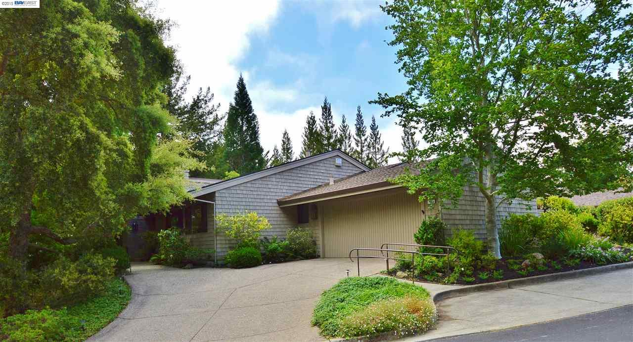 401 Ridge Gate Rd Orinda, CA 94563