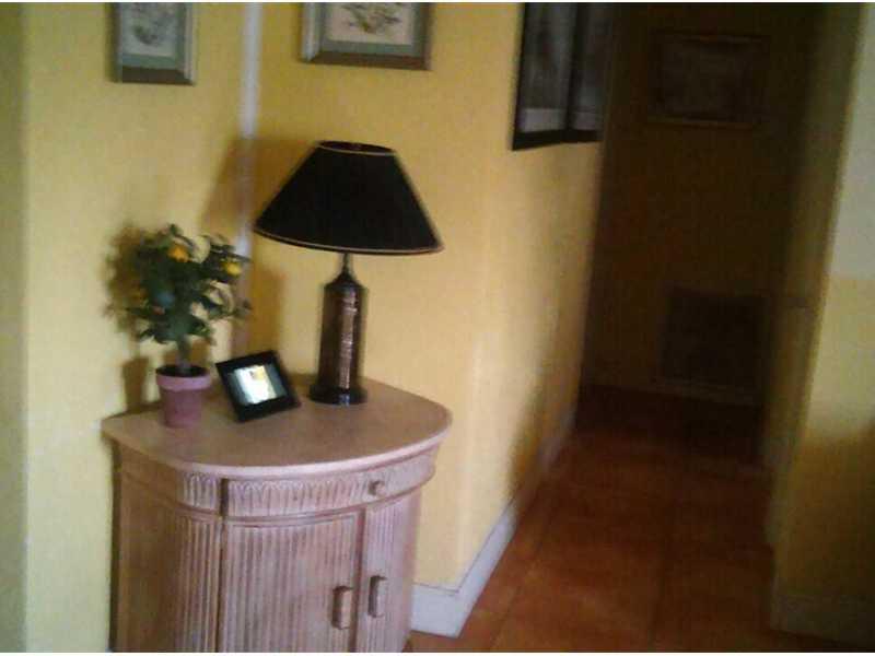 1230 SW 6 Wy Deerfield Beach, FL 33441