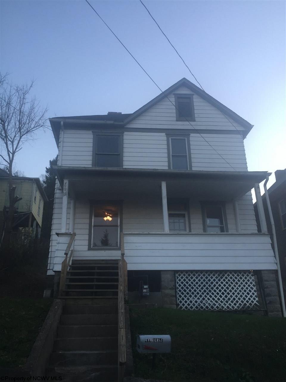 411 High St Clarksburg, WV 26301